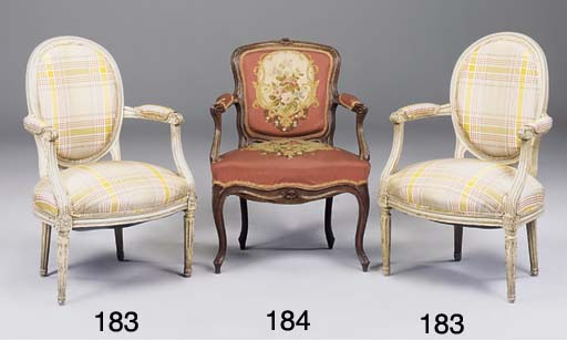 A PAIR OF FRENCH PAINTED FAUTE