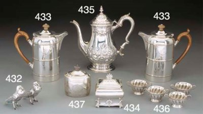 An Edwardian Silver Tea Caddy