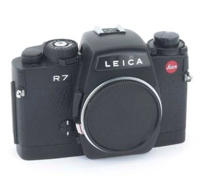 Leica R7 no. 1910749