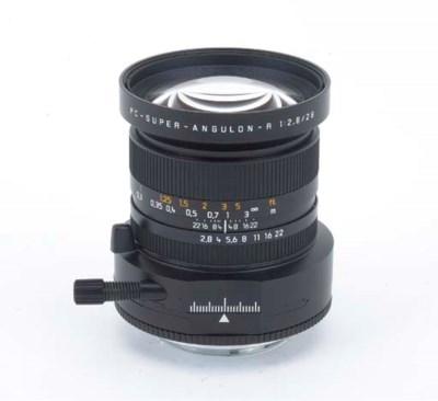 PC-Super-Angulon-R f/2.8 28mm.