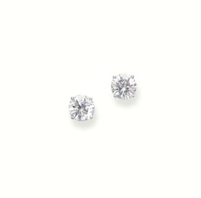 A PAIR OF DIAMOND SINGLE-STONE