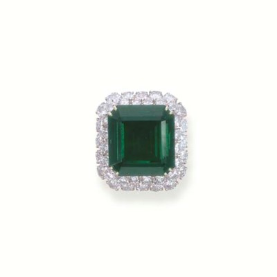A SUPERB EMERALD AND DIAMOND C