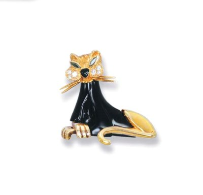 AN ONYX AND GEM-SET CAT BROOCH