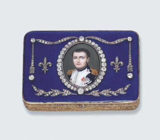 AN ANTIQUE DIAMOND-SET GOLD AND ENAMEL BOX