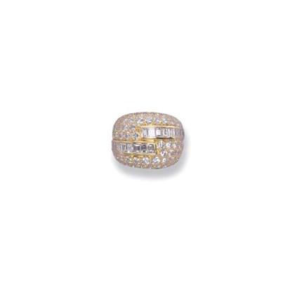 A DIAMOND 'MIRAGE' RING, BY VA