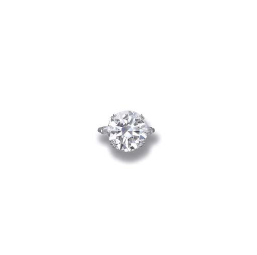 AN IMPORTANT DIAMOND SINGLE-STONE RING, BY HARRY WINSTON