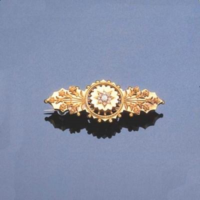 A VICTORIAN OPAL AND DIAMOND B