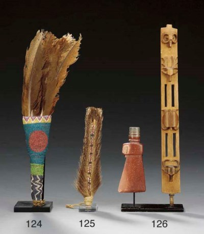 A SIOUX CEREMONIAL EFFIGY PIPE