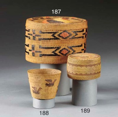 A MAKAH TWINED AND LIDDED BASK