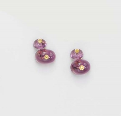 A PAIR OF AMETHYST AND YELLOW