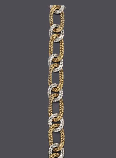 A BICOLORED GOLD BRACELET, BY