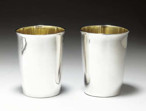 A PAIR OF GEORGE III SILVER BE