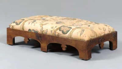 AN OAK LOW BENCH,