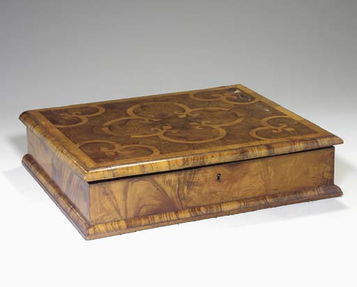A WILLIAM AND MARY INLAID OYST