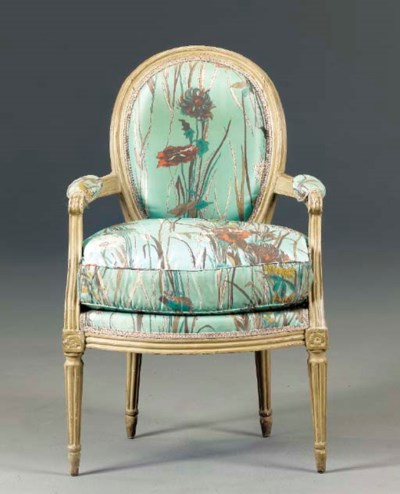 A LOUIS XVI GREY-PAINTED FAUTE