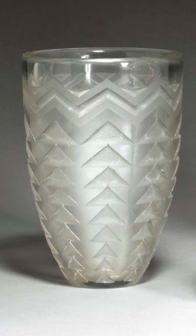 AN ETCHED GLASS VASE