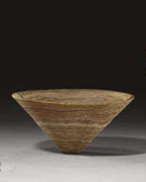 A BACTRIAN VEINED STONE BOWL