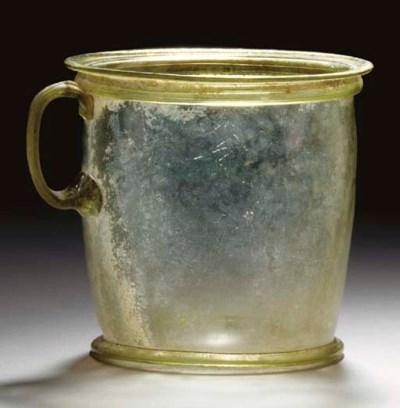 A ROMAN GLASS MODIOLUS