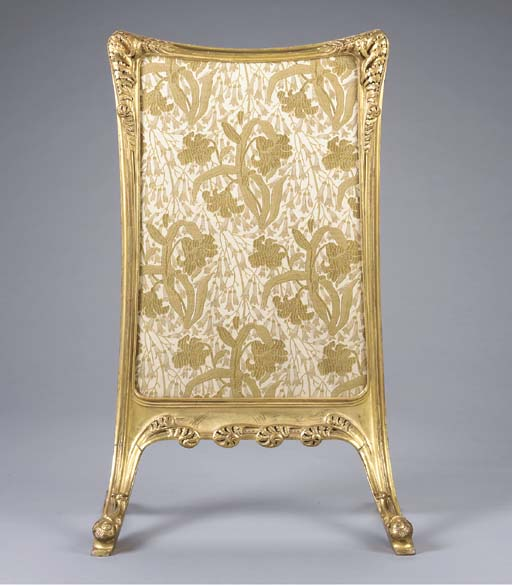 'FOUGERES', A CARVED GILTWOOD