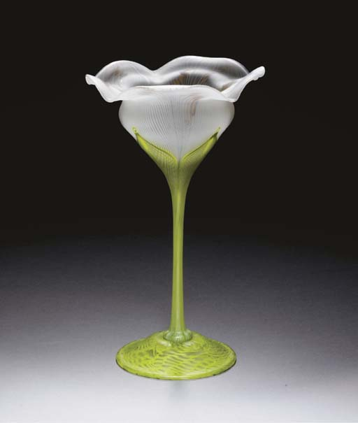A DECORATED FAVRILE GLASS FLOR