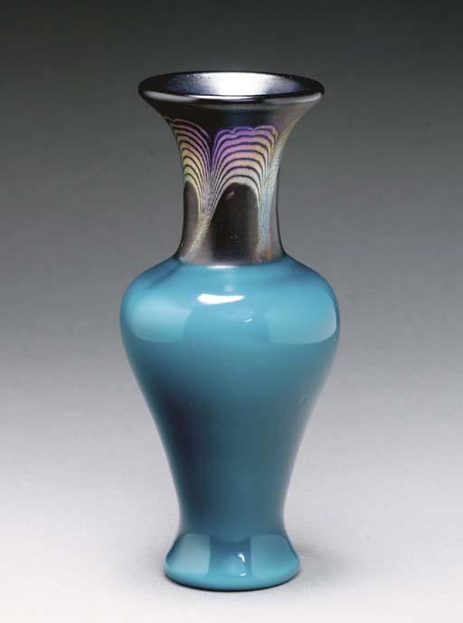 A 'TEL-EL-AMARNA' FAVRILE GLAS