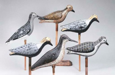 A GROUP OF SIX SHOREBIRD