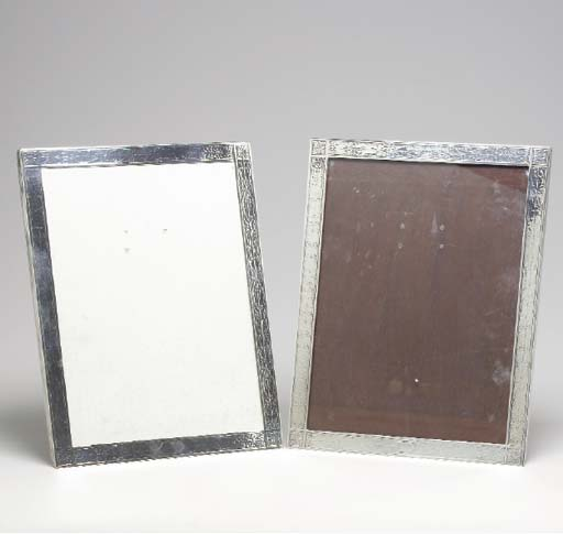 A PAIR OF SILVER PICTURE FRAME
