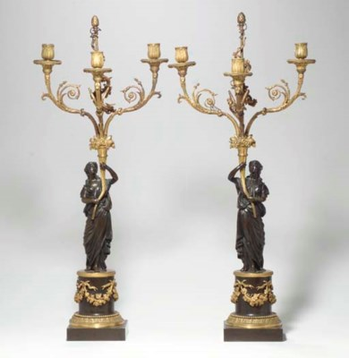 A PAIR OF LATE LOUIS XVI BRONZ