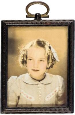 MARILYN MONROE CHILDHOOD PHOTO