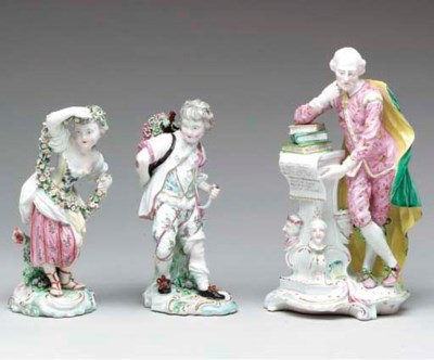 A PAIR OF DERBY FIGURES OF SPR
