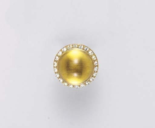 A CABOCHON CITRINE, DIAMOND AN