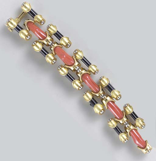 **A CORAL, ONYX, DIAMOND AND G