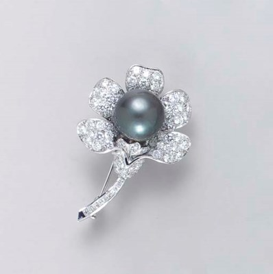 A DARK GRAY CULTURED PEARL, DI