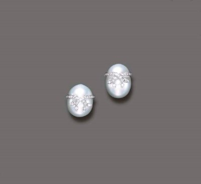 A PAIR OF MABE, CULTURED PEARL