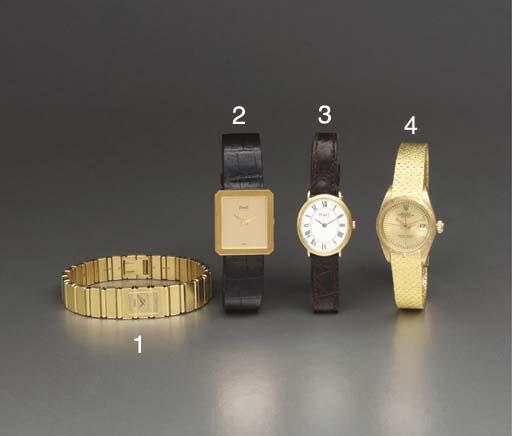 Piaget. An 18K gold oval-shape