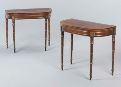 A PAIR OF REGENCY LACQUERED BR