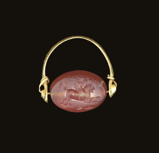 A GRAECO-PERSIAN GOLD AND CARN