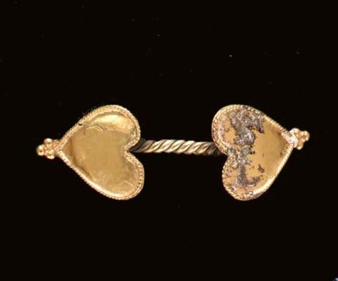 A LATE BYZANTINE GOLD BRACELET
