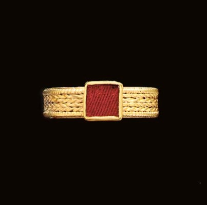 AN ANGLO SAXON GOLD AND GARNET