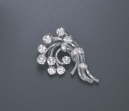 A DIAMOND BROOCH, BY HARRY WIN