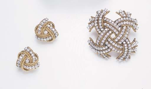 AN ELEGANT SET OF DIAMOND AND