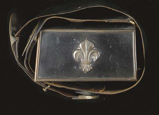 AN OFFICER'S POUCH AND POUCHBE
