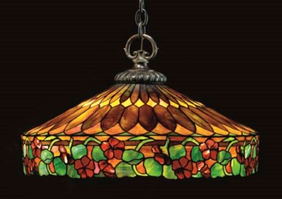 A LARGE LEADED GLASS CHANDELIE