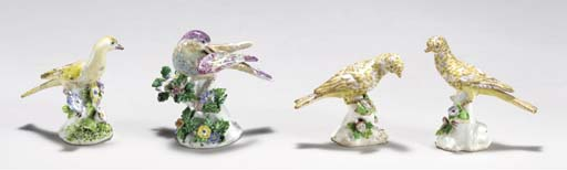 FOUR BOW MODELS OF BIRDS