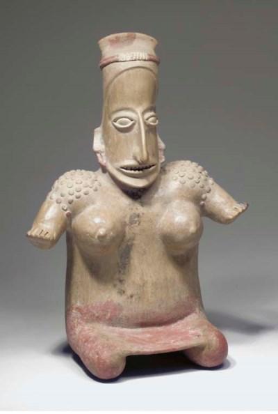 STATUETTE FEMININE