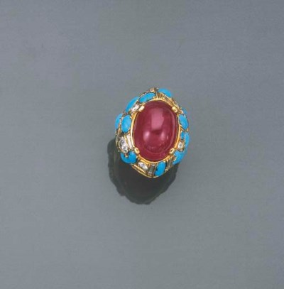 BAGUE RUBIS CABOCHON, DIAMANTS