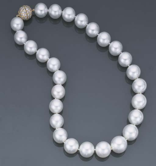 COLLIER PERLES DE CULTURE DES