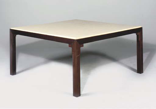 PAIRE DE TABLES MODERNES