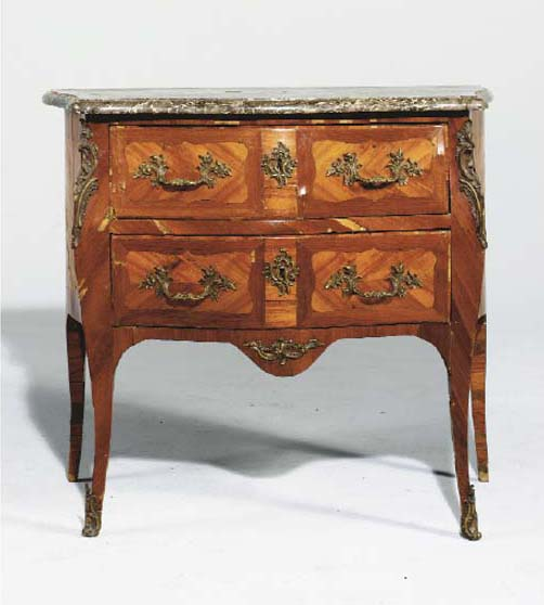 petite commode d 39 epoque louis xv christie 39 s. Black Bedroom Furniture Sets. Home Design Ideas