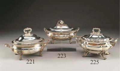 Zuppiera vittoriana in argento